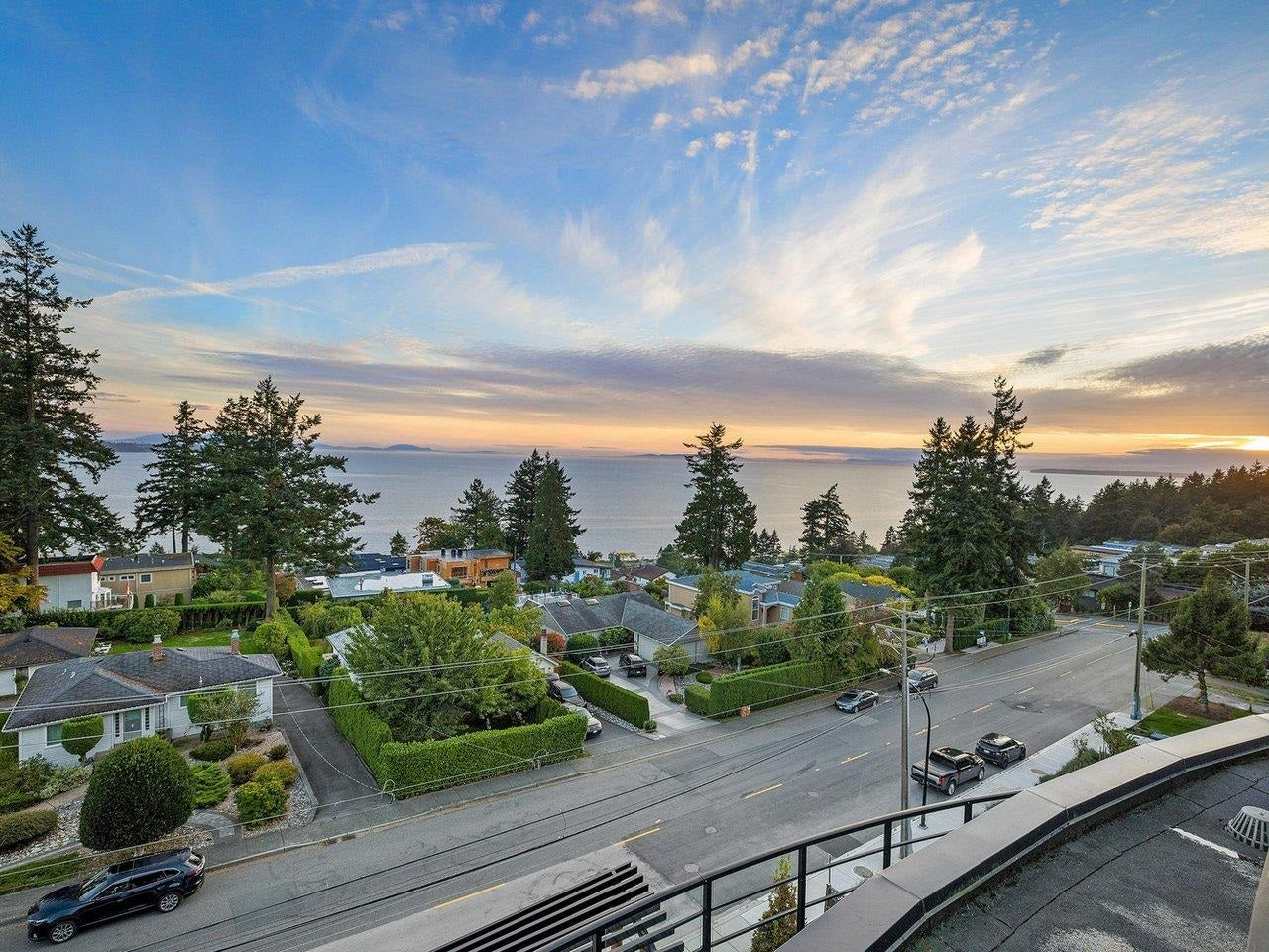 502 14855 THRIFT AVENUE - White Rock Apartment/Condo for sale, 2 Bedrooms (R2623338) - #1