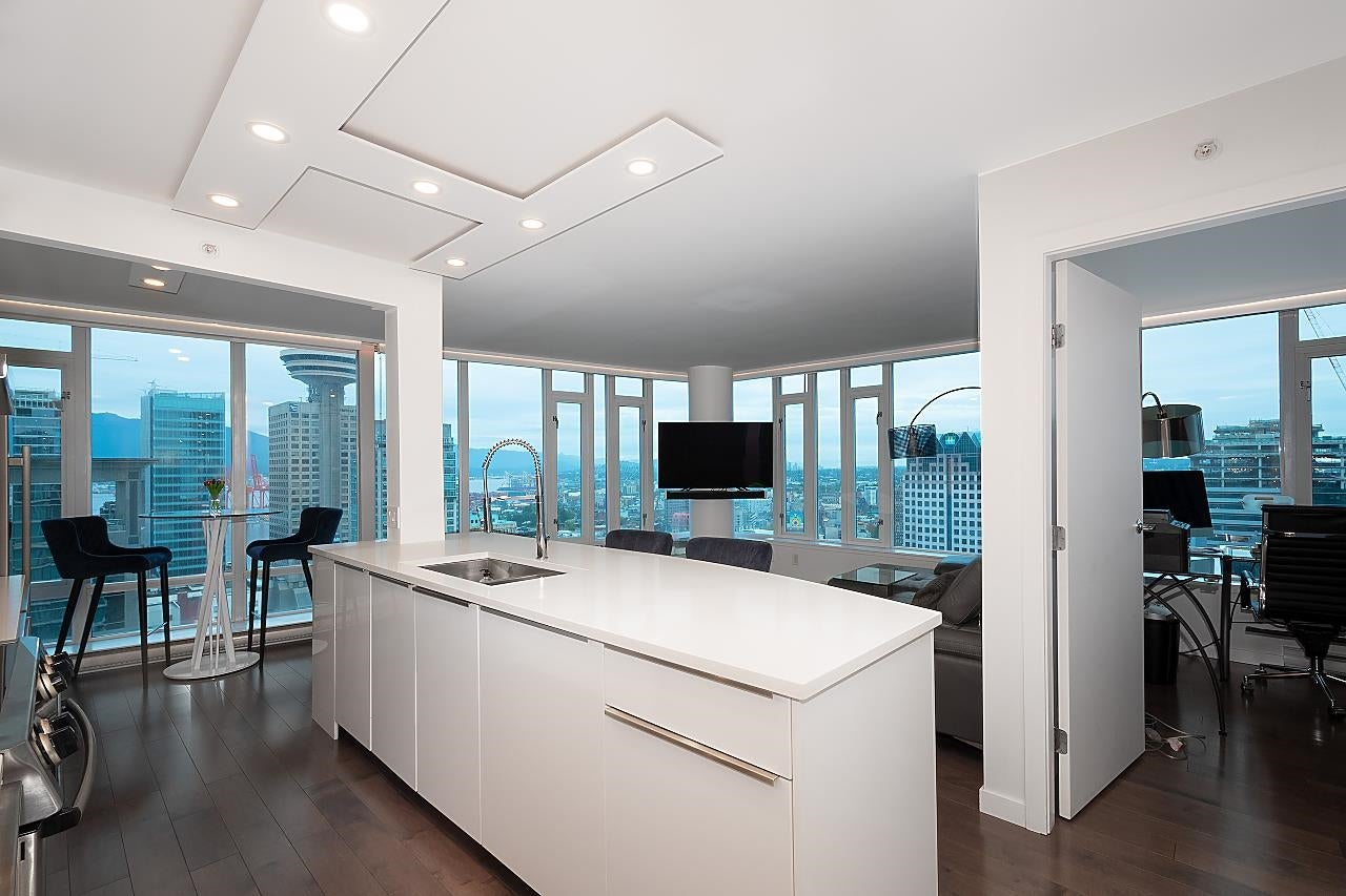 2310 610 GRANVILLE STREET - Downtown VW Apartment/Condo for sale, 2 Bedrooms (R2623433) - #1
