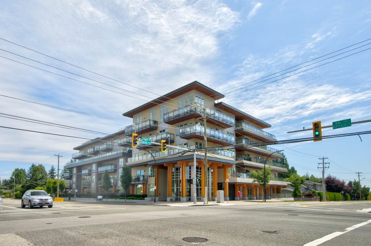 206 14022 NORTH BLUFF ROAD - White Rock Apartment/Condo for sale, 3 Bedrooms (R2623684)