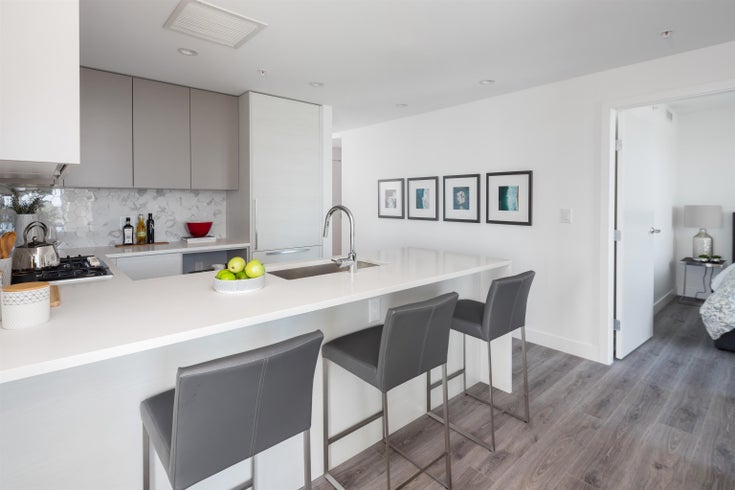 303 8188 FRASER STREET - South Vancouver Apartment/Condo for sale, 3 Bedrooms (R2623791)