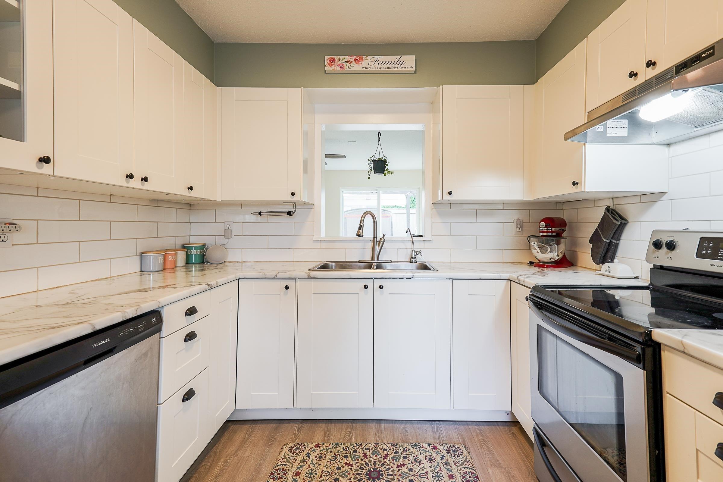 25 26970 32 AVENUE - Aldergrove Langley Townhouse for sale, 3 Bedrooms (R2623822)