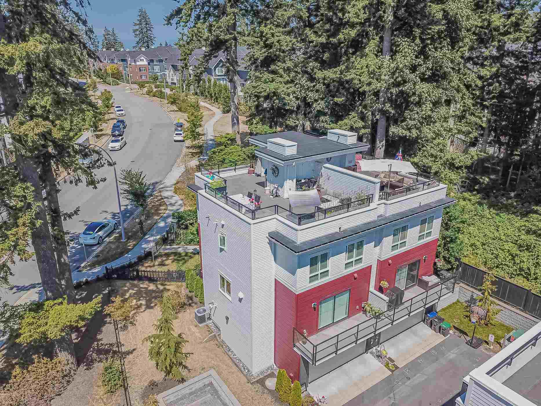 235 2218 OAK MEADOWS DRIVE - Grandview Surrey Townhouse for sale, 4 Bedrooms (R2623835)