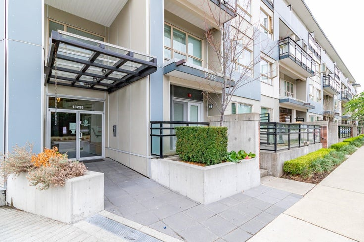 202 13228 OLD YALE ROAD - Whalley Apartment/Condo for sale, 1 Bedroom (R2623922)