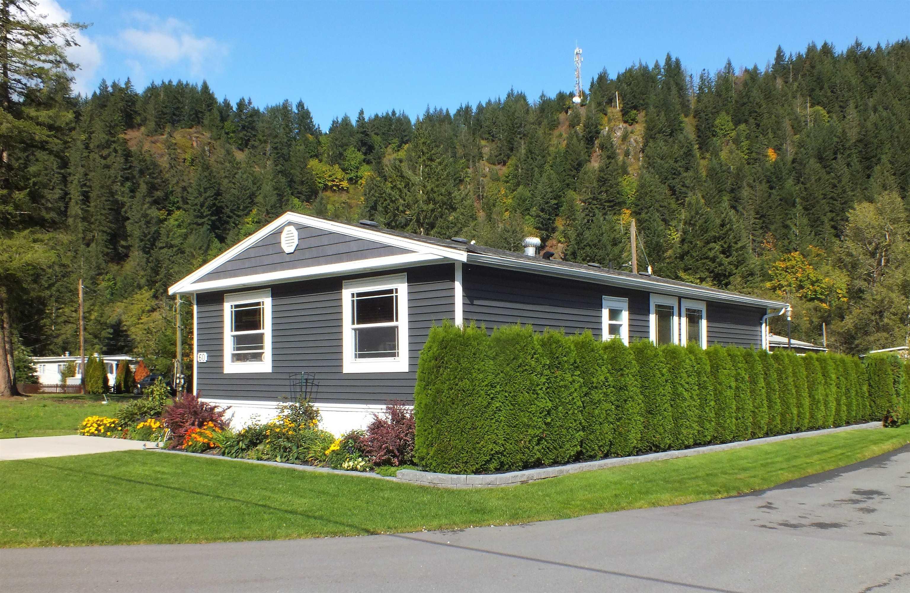 60 65367 KAWKAWA LAKE ROAD - Hope Kawkawa Lake Manufactured for sale, 2 Bedrooms (R2623976) - #1