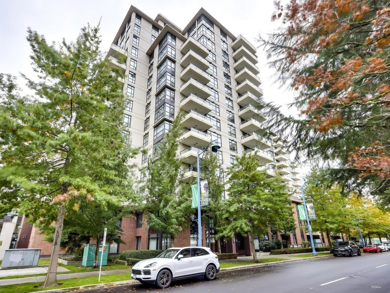 603 8160 LANSDOWNE ROAD - Brighouse Apartment/Condo for sale, 2 Bedrooms (R2624020)