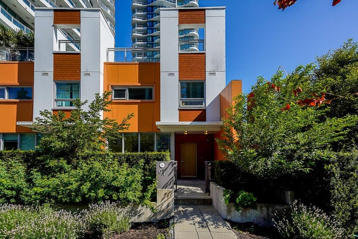 TH1 13303 CENTRAL AVENUE - Whalley Townhouse for sale, 3 Bedrooms (R2624090)