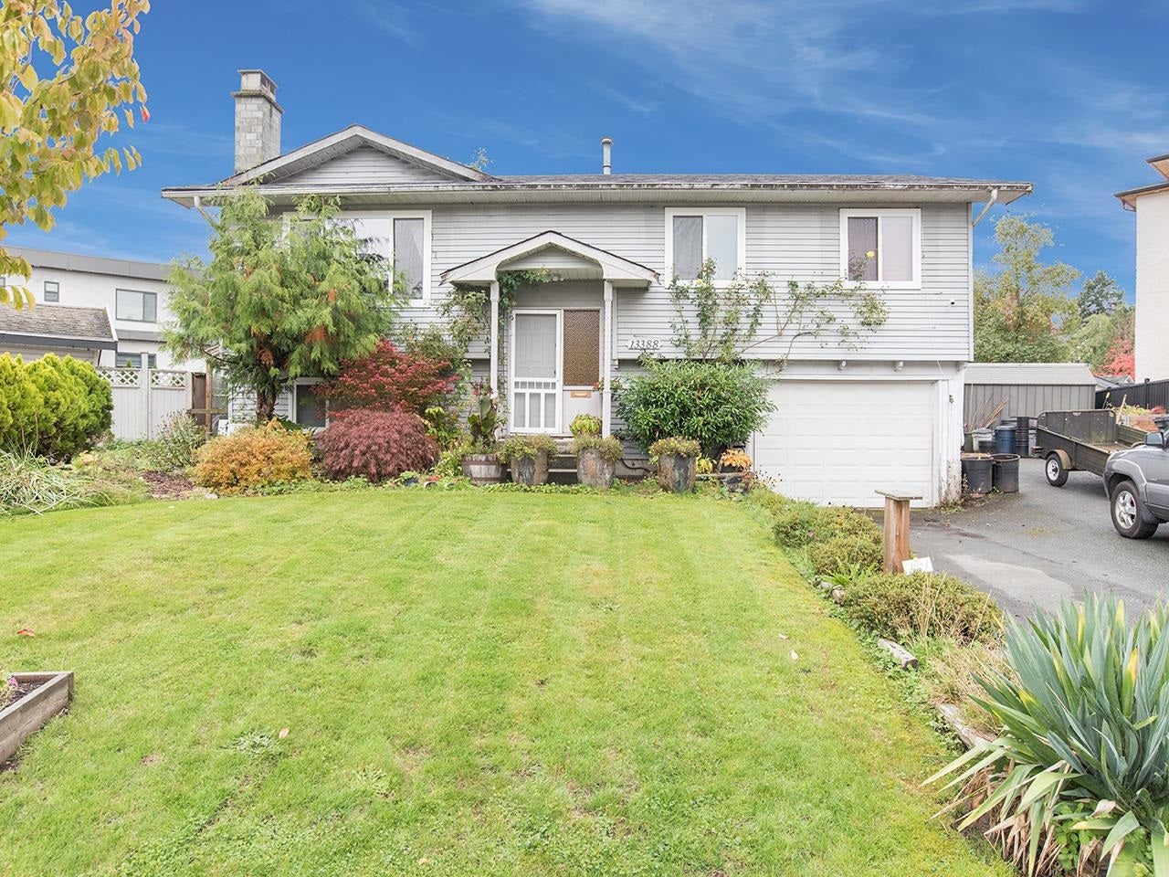 13388 CYPRESS PLACE - Queen Mary Park Surrey House/Single Family for sale, 4 Bedrooms (R2624139) - #1