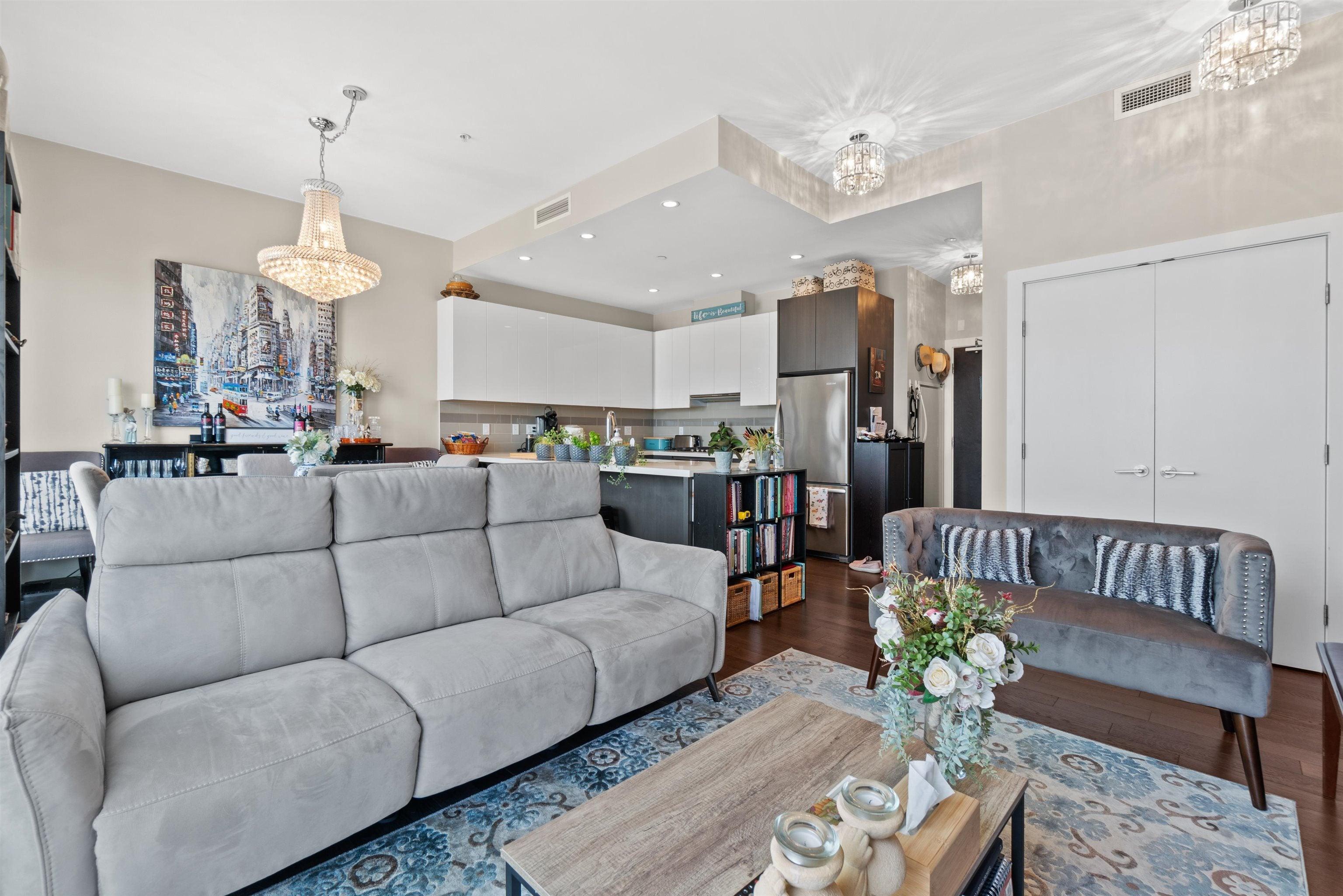 713 5399 CEDARBRIDGE WAY - Brighouse Apartment/Condo for sale, 2 Bedrooms (R2624157)
