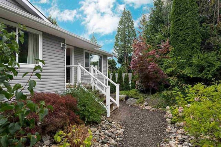5462 JULMAR ROAD - Sechelt District House/Single Family for sale, 5 Bedrooms (R2624227)
