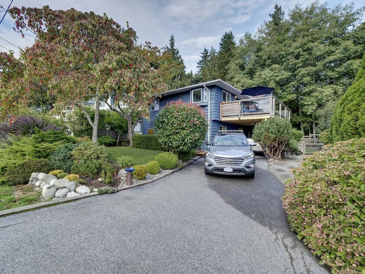 736 CREEKSIDE CRESCENT - Gibsons & Area House/Single Family for sale, 3 Bedrooms (R2624536)