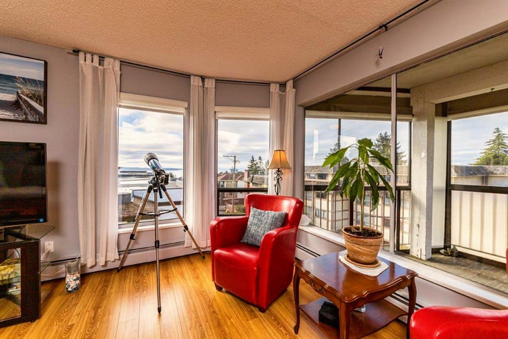 304 1389 WINTER STREET - White Rock Apartment/Condo for sale, 2 Bedrooms (R2624571)
