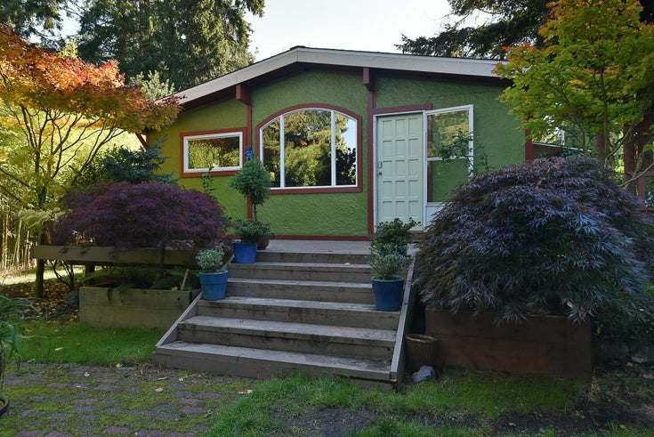 5717 PORPOISE BAY ROAD - Sechelt District House/Single Family for sale, 1 Bedroom (R2624603)