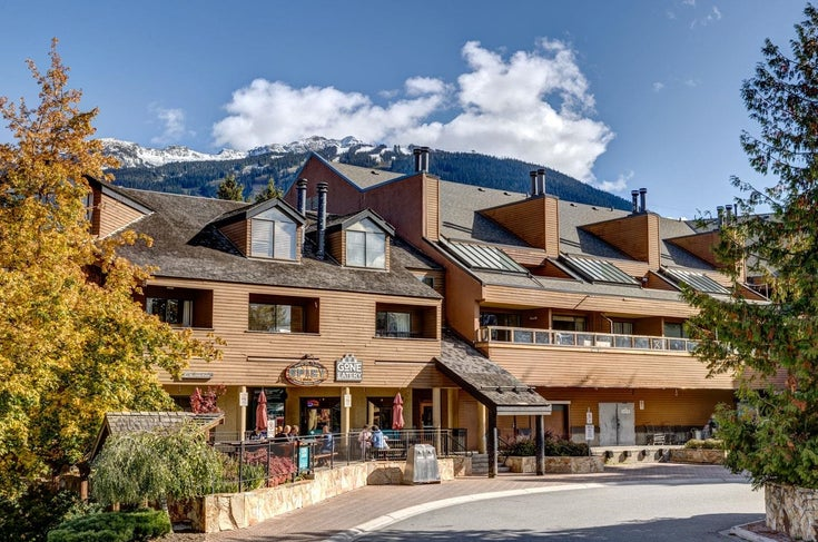 6 4211 SUNSHINE PLACE - Whistler Village Apartment/Condo for sale, 2 Bedrooms (R2624637)