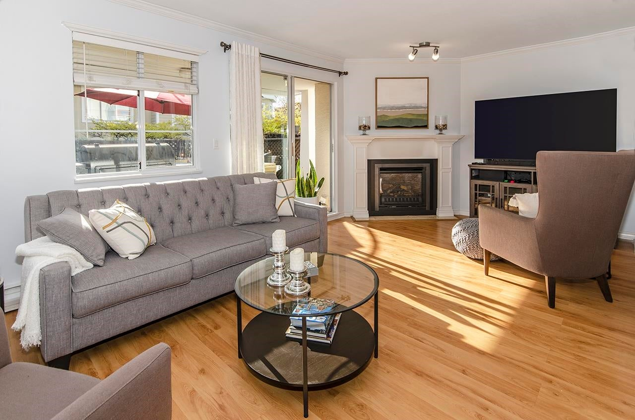 4 249 E 4TH STREET - Lower Lonsdale Townhouse for sale, 4 Bedrooms (R2624640) - #5