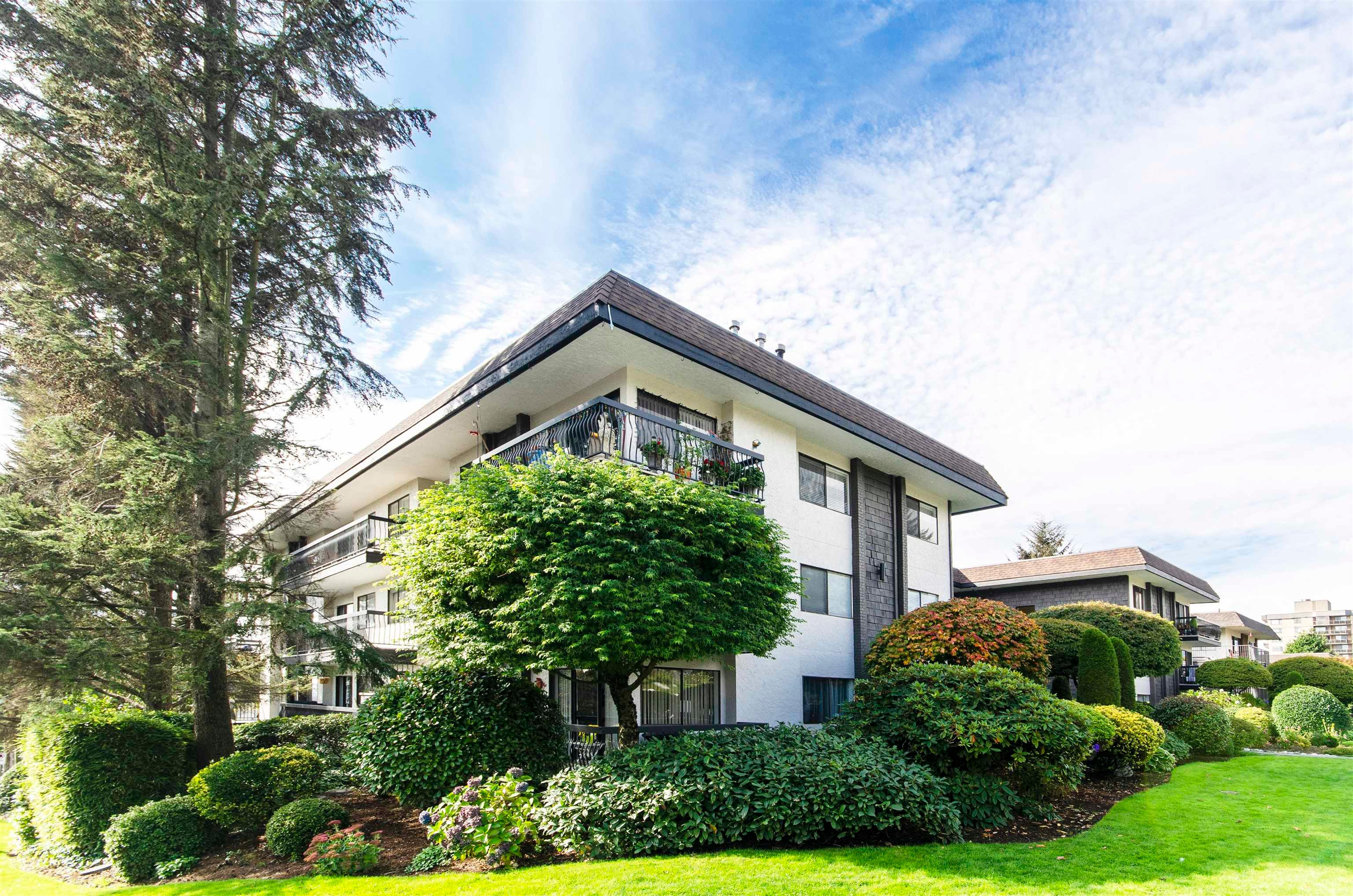 206 175 E 5TH STREET - Lower Lonsdale Apartment/Condo for sale, 2 Bedrooms (R2624759) - #23
