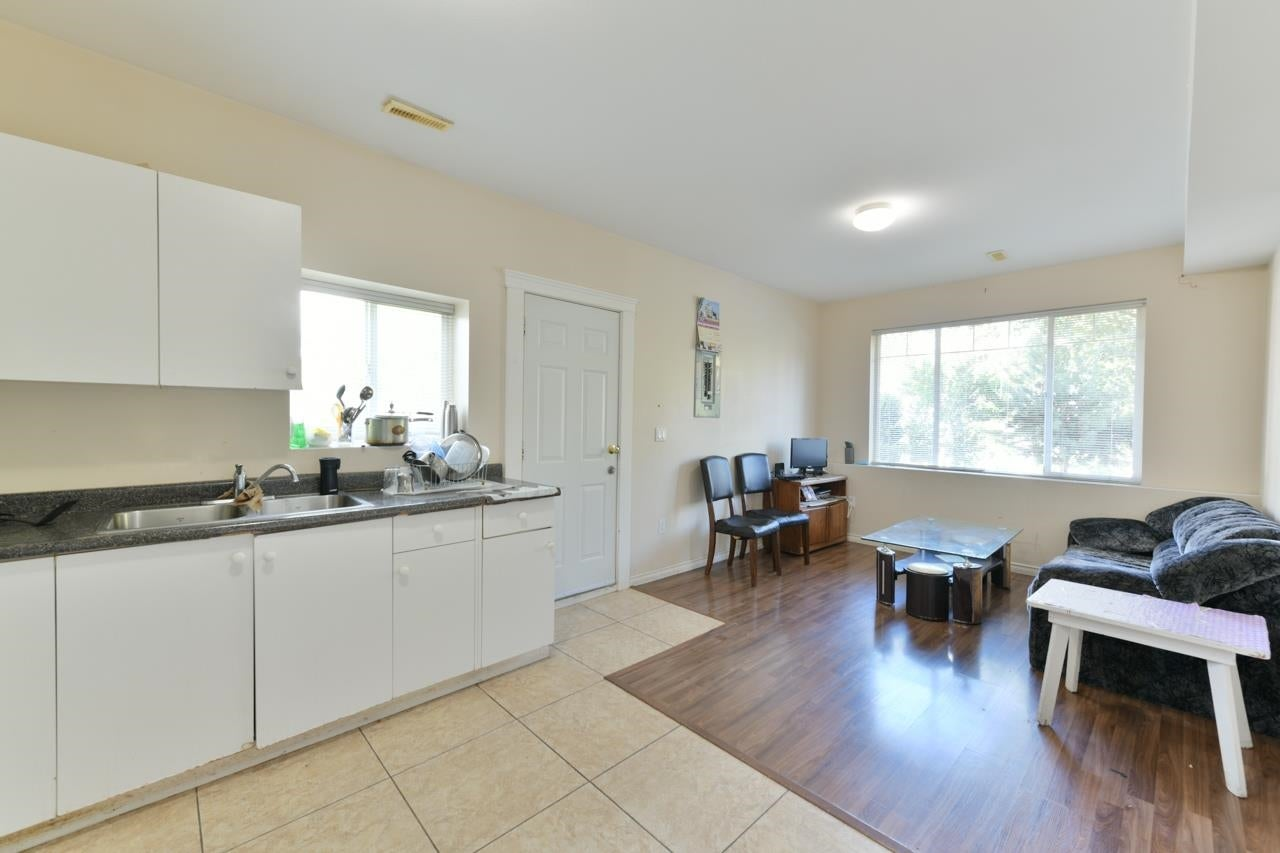 14518 78 AVENUE - East Newton House/Single Family for sale, 7 Bedrooms (R2624877) - #15