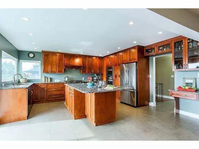 6584 CHARLES STREET - Sperling-Duthie House/Single Family for sale, 7 Bedrooms (R2624897)