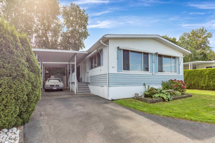 44 13507 81 AVENUE - Queen Mary Park Surrey Manufactured with Land for sale, 2 Bedrooms (R2624906)