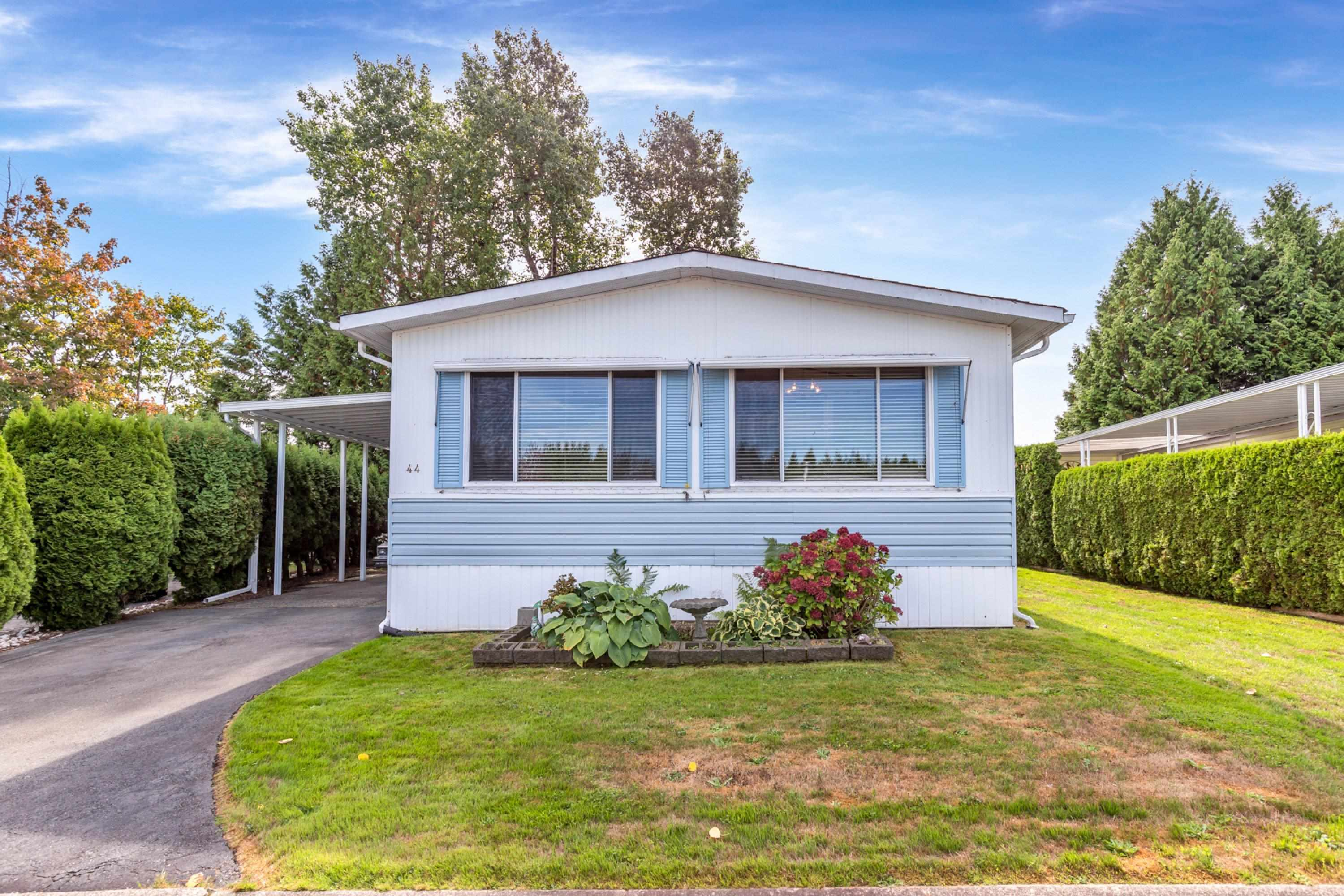 44 13507 81 AVENUE - Queen Mary Park Surrey Manufactured with Land for sale, 2 Bedrooms (R2624906) - #3