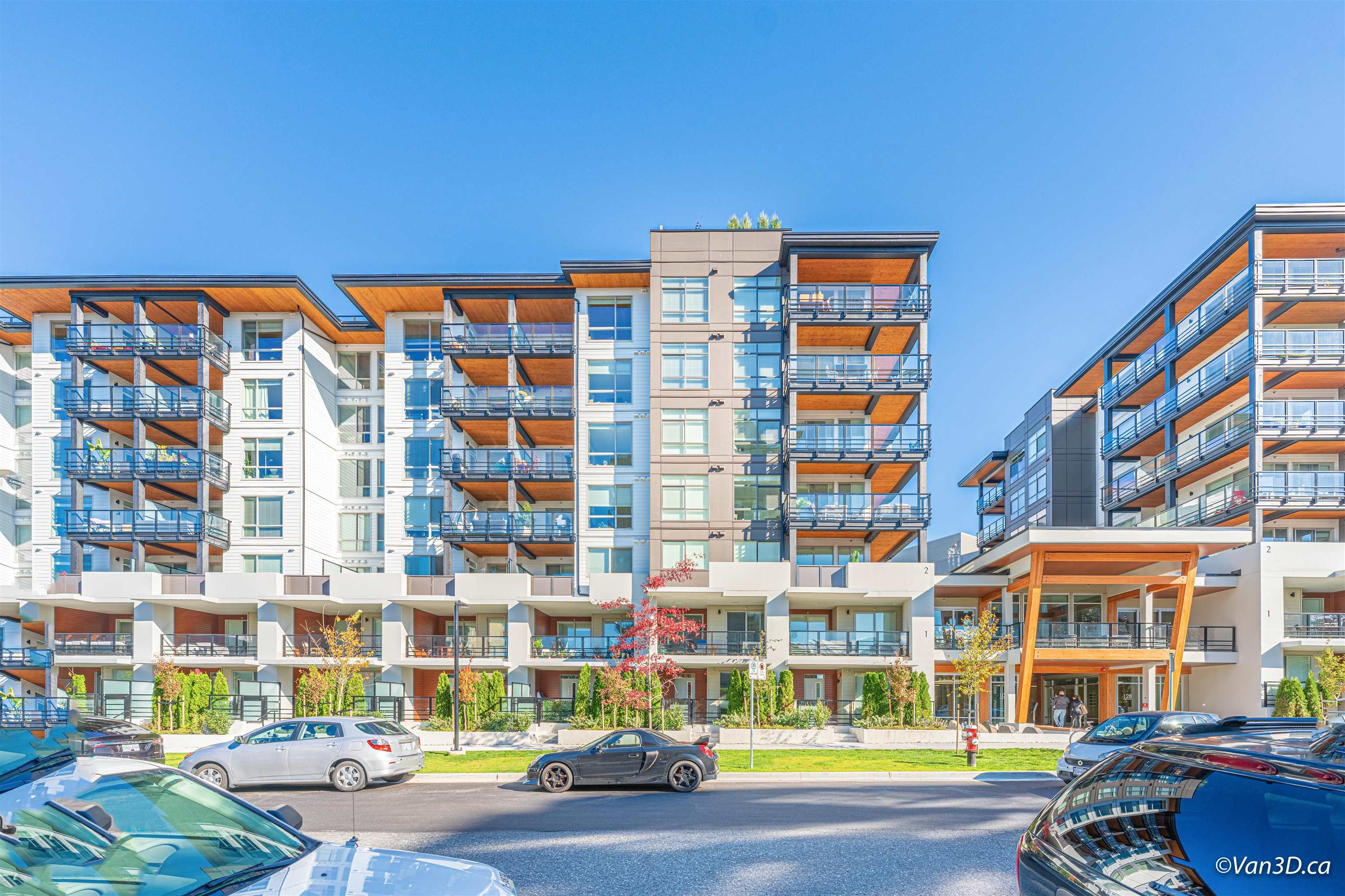 114 108 E 8TH STREET - Central Lonsdale Apartment/Condo for sale, 2 Bedrooms (R2624922) - #1
