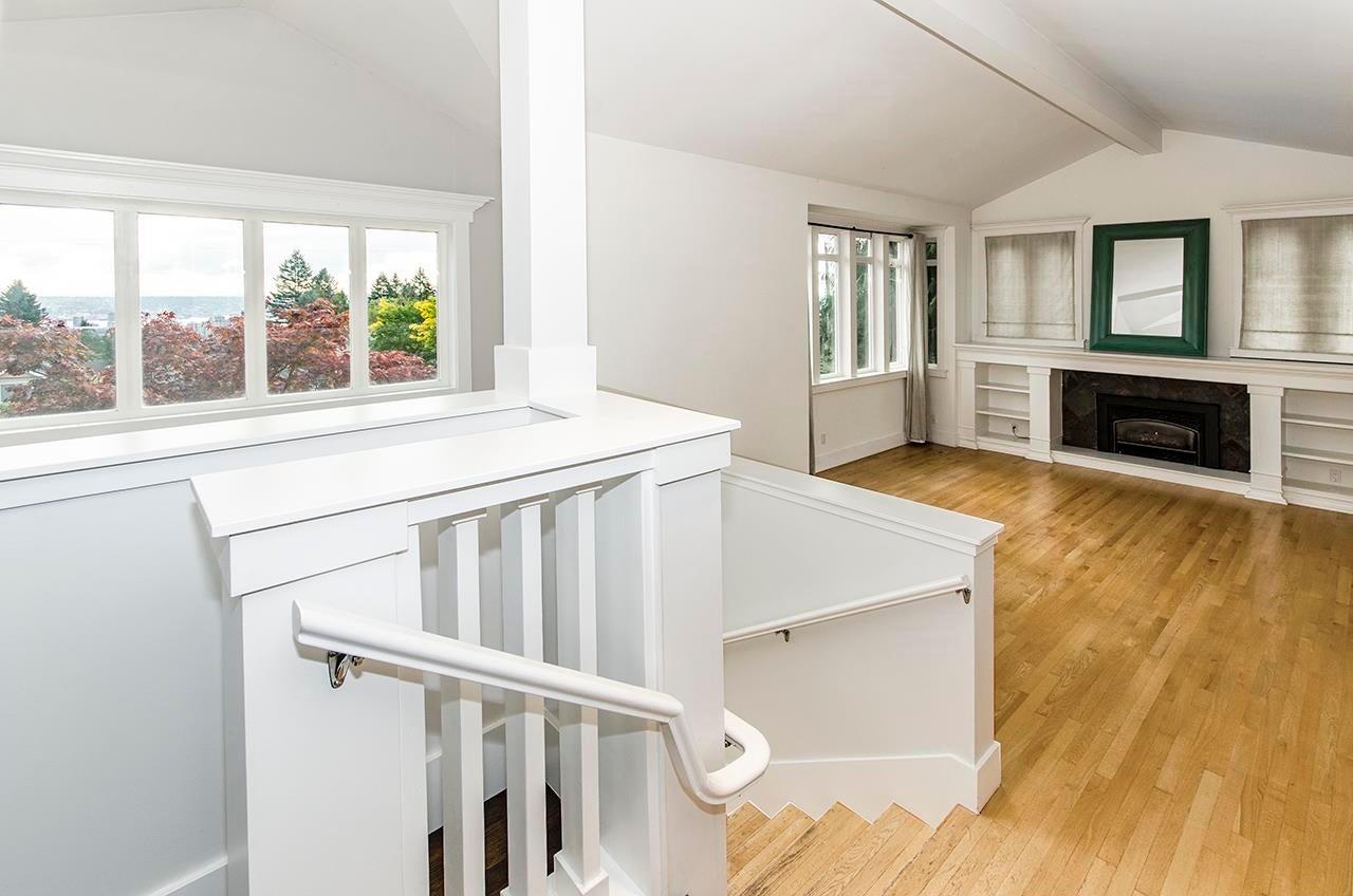 180 E KENSINGTON ROAD - Upper Lonsdale House/Single Family for sale, 6 Bedrooms (R2624954) - #10