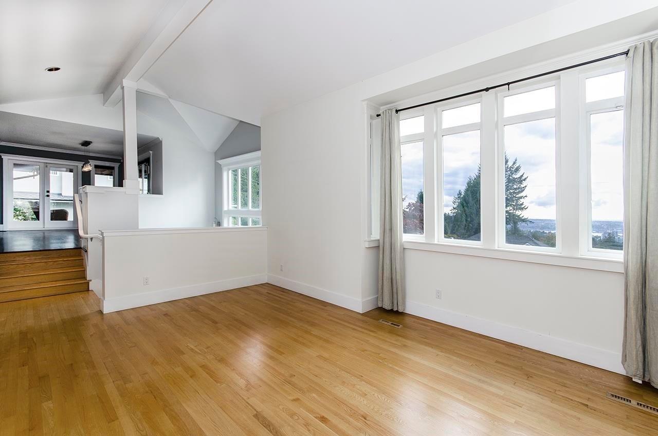 180 E KENSINGTON ROAD - Upper Lonsdale House/Single Family for sale, 6 Bedrooms (R2624954) - #11