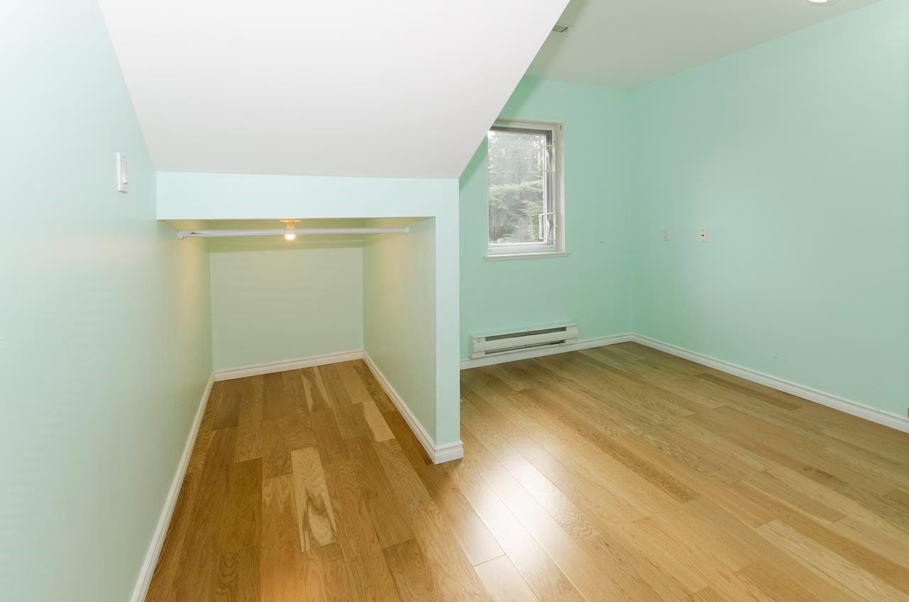 180 E KENSINGTON ROAD - Upper Lonsdale House/Single Family for sale, 6 Bedrooms (R2624954) - #32