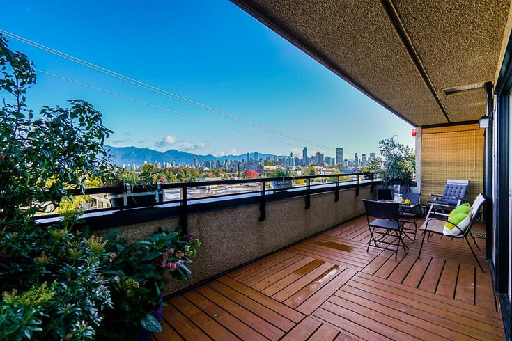 10 2083 W 3RD AVENUE - Kitsilano Townhouse for sale, 2 Bedrooms (R2625272)