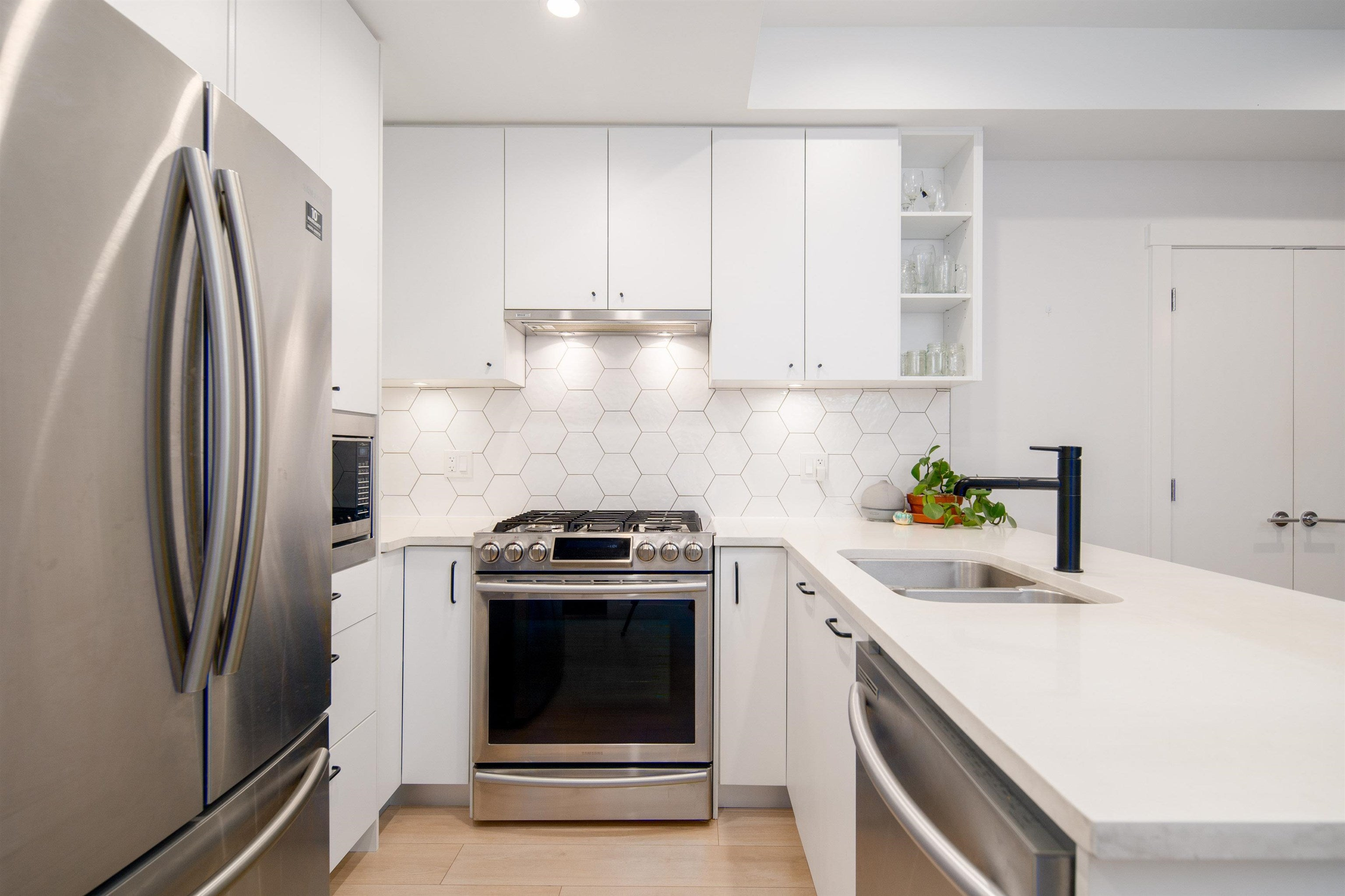 102 1519 CROWN STREET - Lynnmour Apartment/Condo for sale, 3 Bedrooms (R2625295) - #10