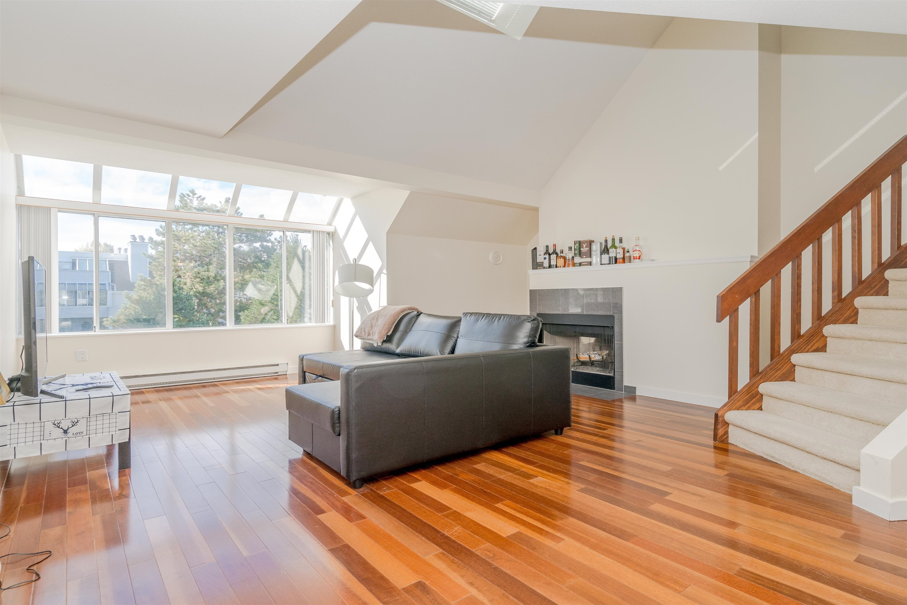 304 7471 BLUNDELL ROAD - Brighouse South Apartment/Condo for sale, 1 Bedroom (R2625296)