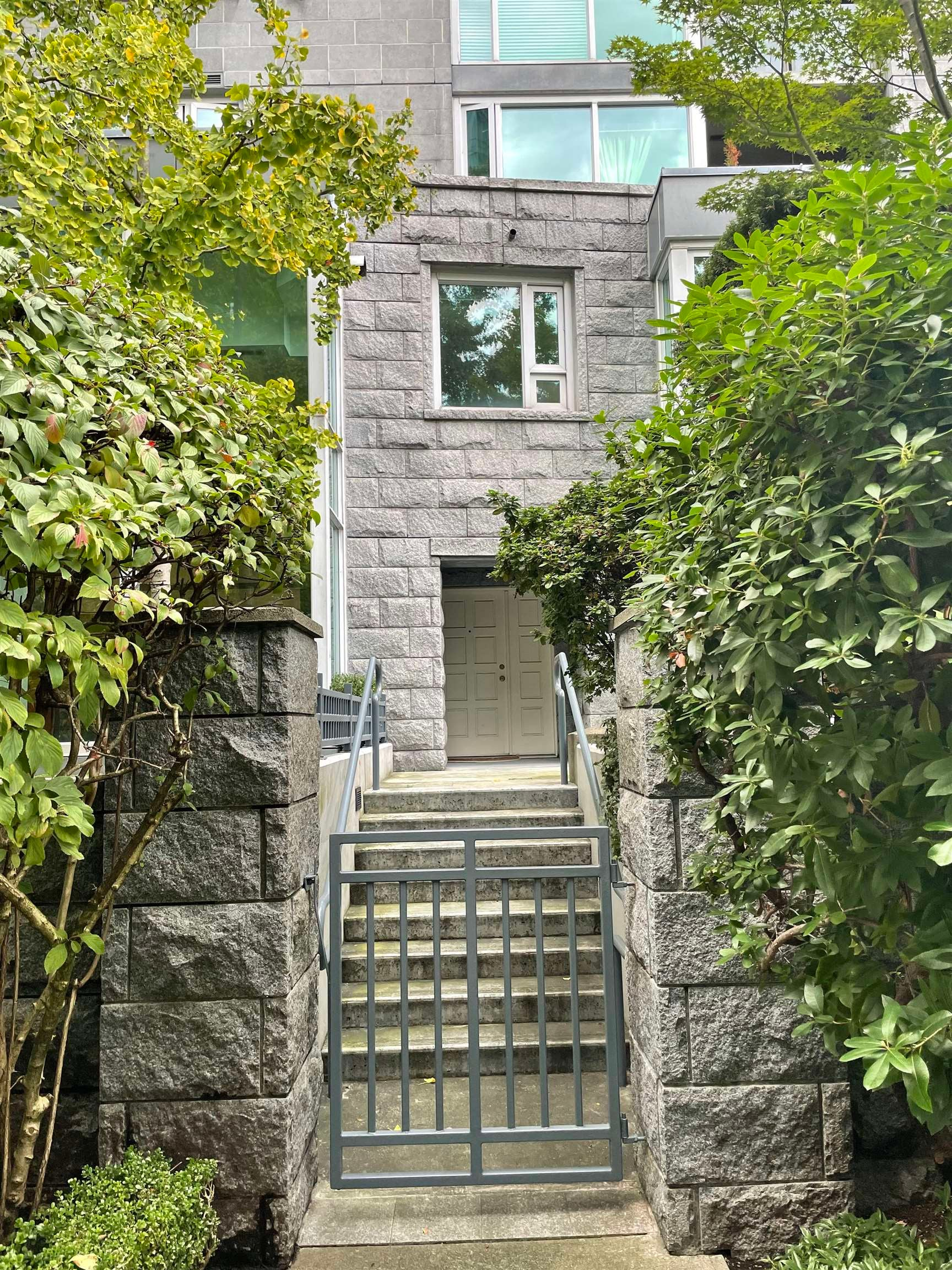 505 NICOLA STREET - Coal Harbour Townhouse for sale, 2 Bedrooms (R2625335)