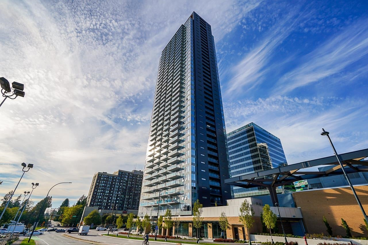 3606 13615 FRASER HIGHWAY - Whalley Apartment/Condo for sale, 2 Bedrooms (R2625359)