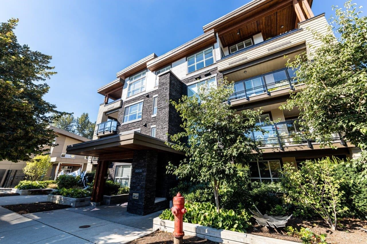 106 3205 MOUNTAIN HIGHWAY - Lynn Valley Apartment/Condo for sale, 1 Bedroom (R2625376)
