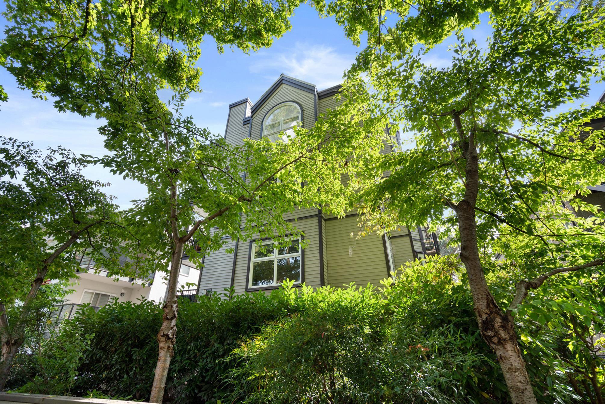 3 2282 W 7TH AVENUE - Kitsilano Apartment/Condo for sale, 2 Bedrooms (R2625384)