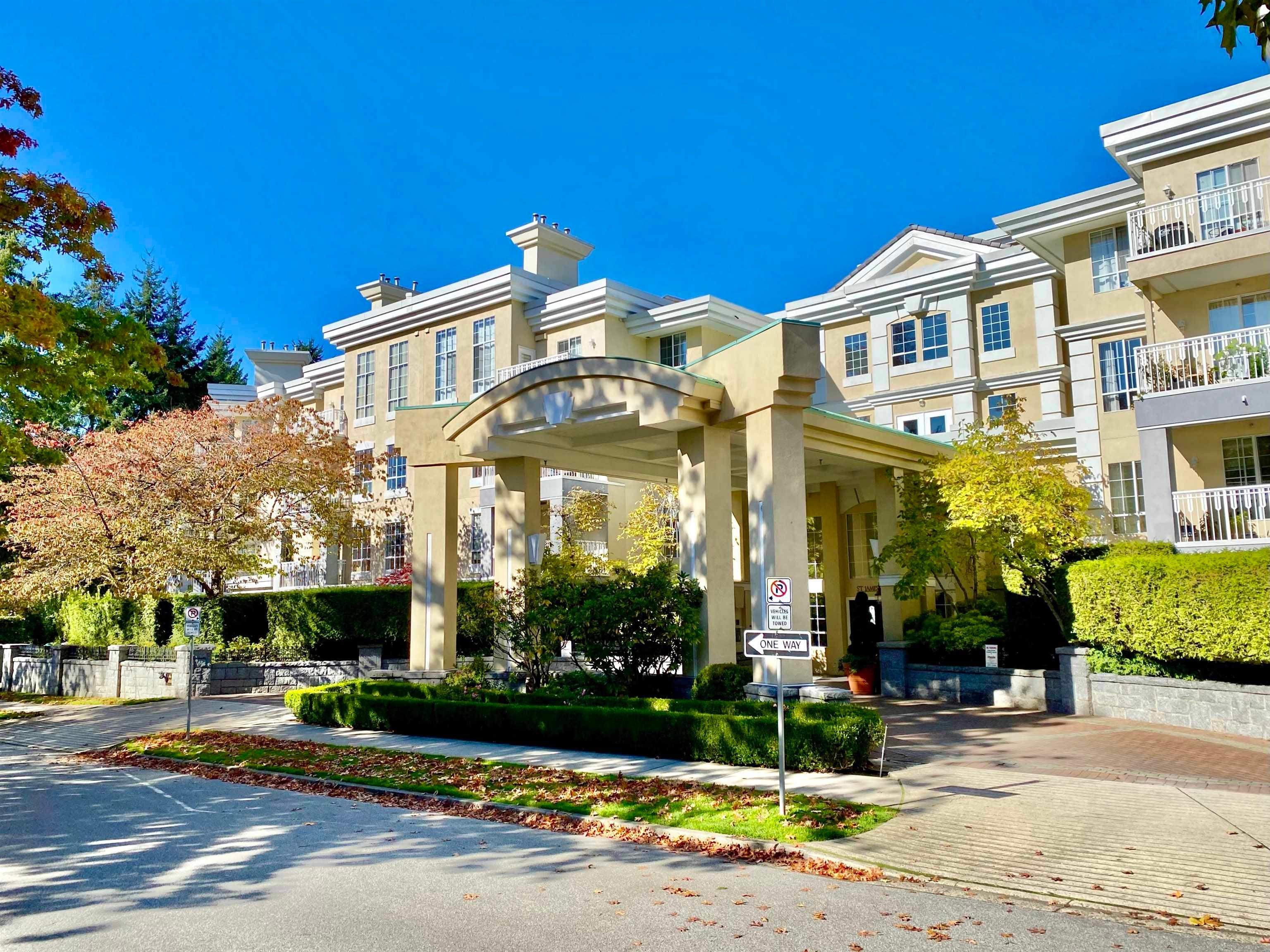 211 5835 HAMPTON PLACE - University VW Apartment/Condo for sale, 2 Bedrooms (R2625395)