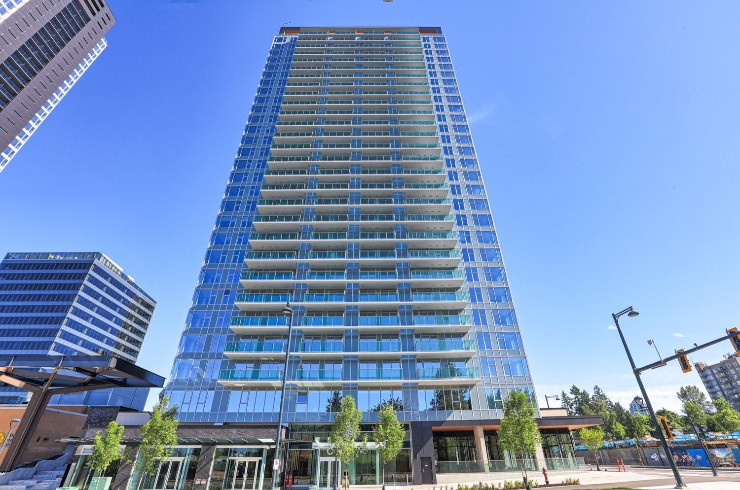 1009 13655 FRASER HIGHWAY - Whalley Apartment/Condo for sale, 2 Bedrooms (R2625403)