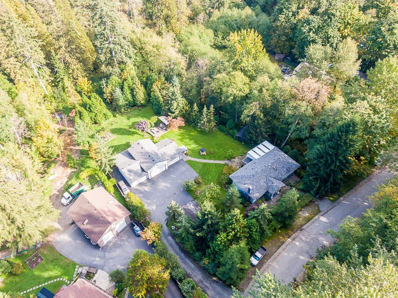 10695 SALISBURY DRIVE - Fraser Heights House with Acreage for sale, 4 Bedrooms (R2625526)