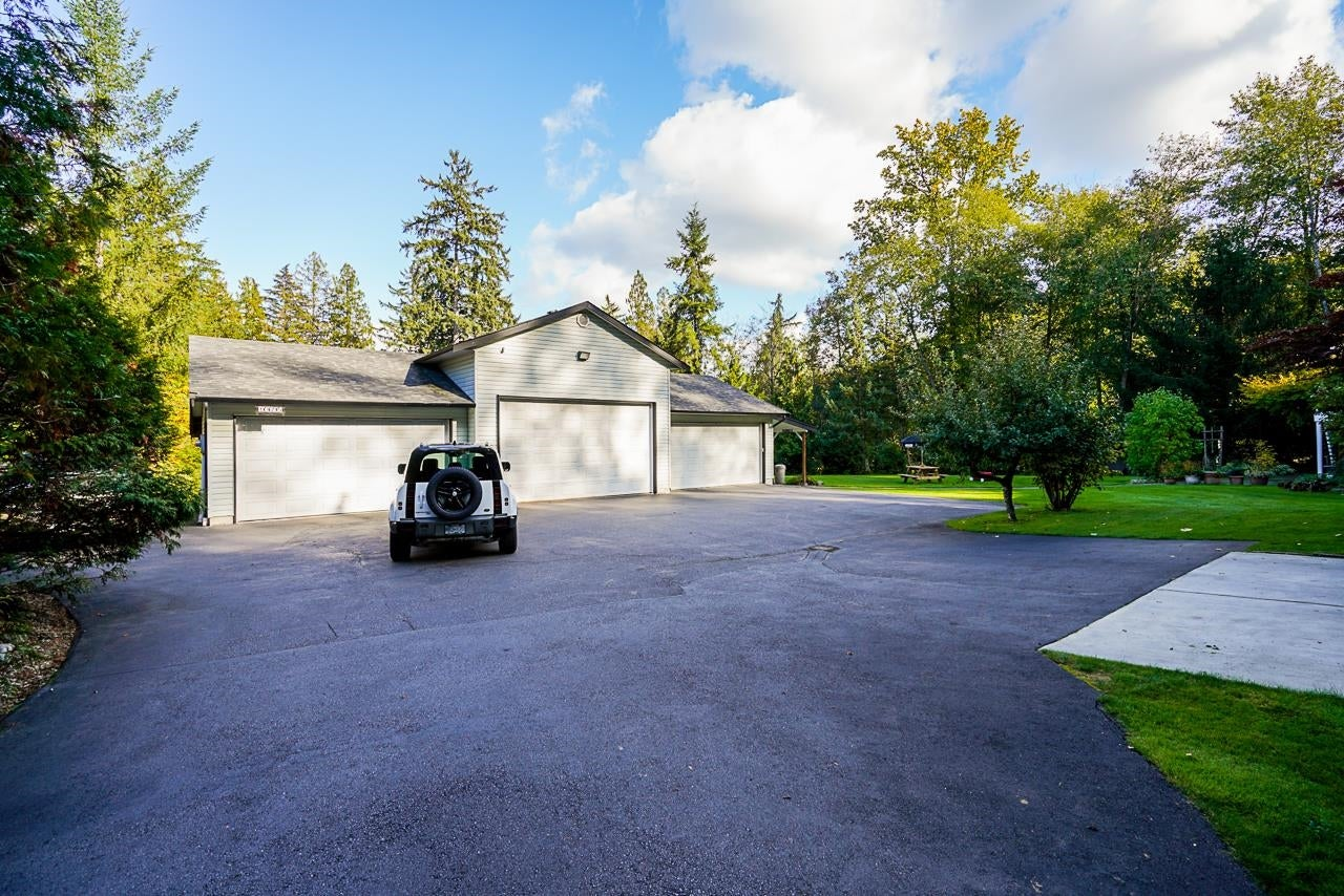 10695 SALISBURY DRIVE - Fraser Heights House with Acreage for sale, 4 Bedrooms (R2625526) - #30