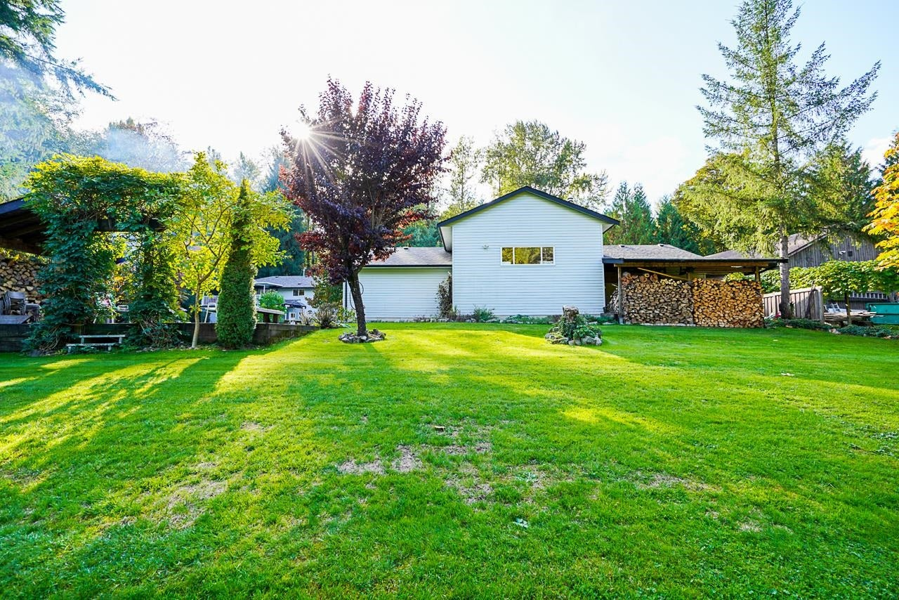 10695 SALISBURY DRIVE - Fraser Heights House with Acreage for sale, 4 Bedrooms (R2625526) - #36