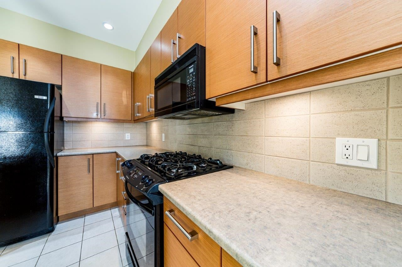 202 188 W 29TH STREET - Upper Lonsdale Apartment/Condo for sale, 2 Bedrooms (R2625535) - #2