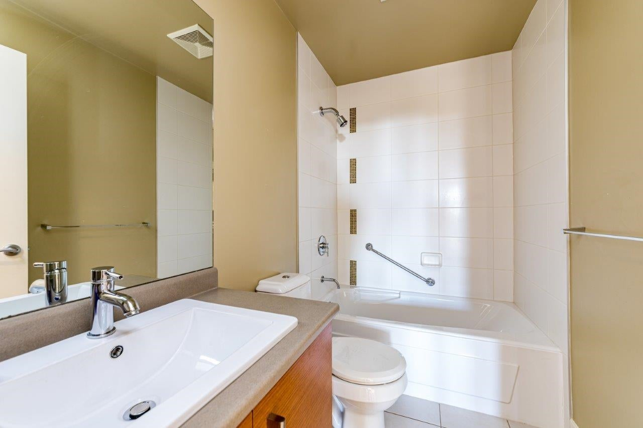 202 188 W 29TH STREET - Upper Lonsdale Apartment/Condo for sale, 2 Bedrooms (R2625535) - #26