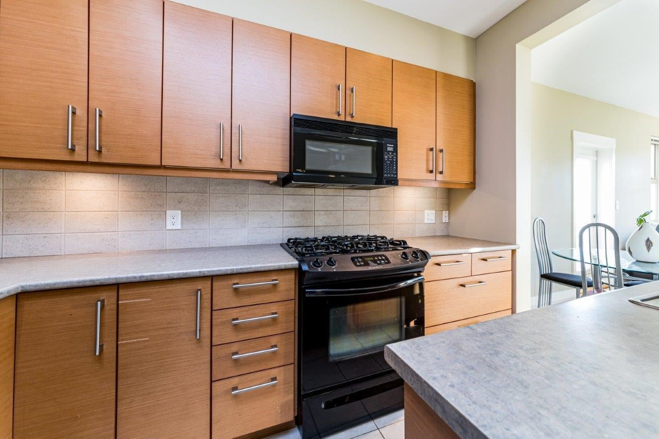 202 188 W 29TH STREET - Upper Lonsdale Apartment/Condo for sale, 2 Bedrooms (R2625535) - #3