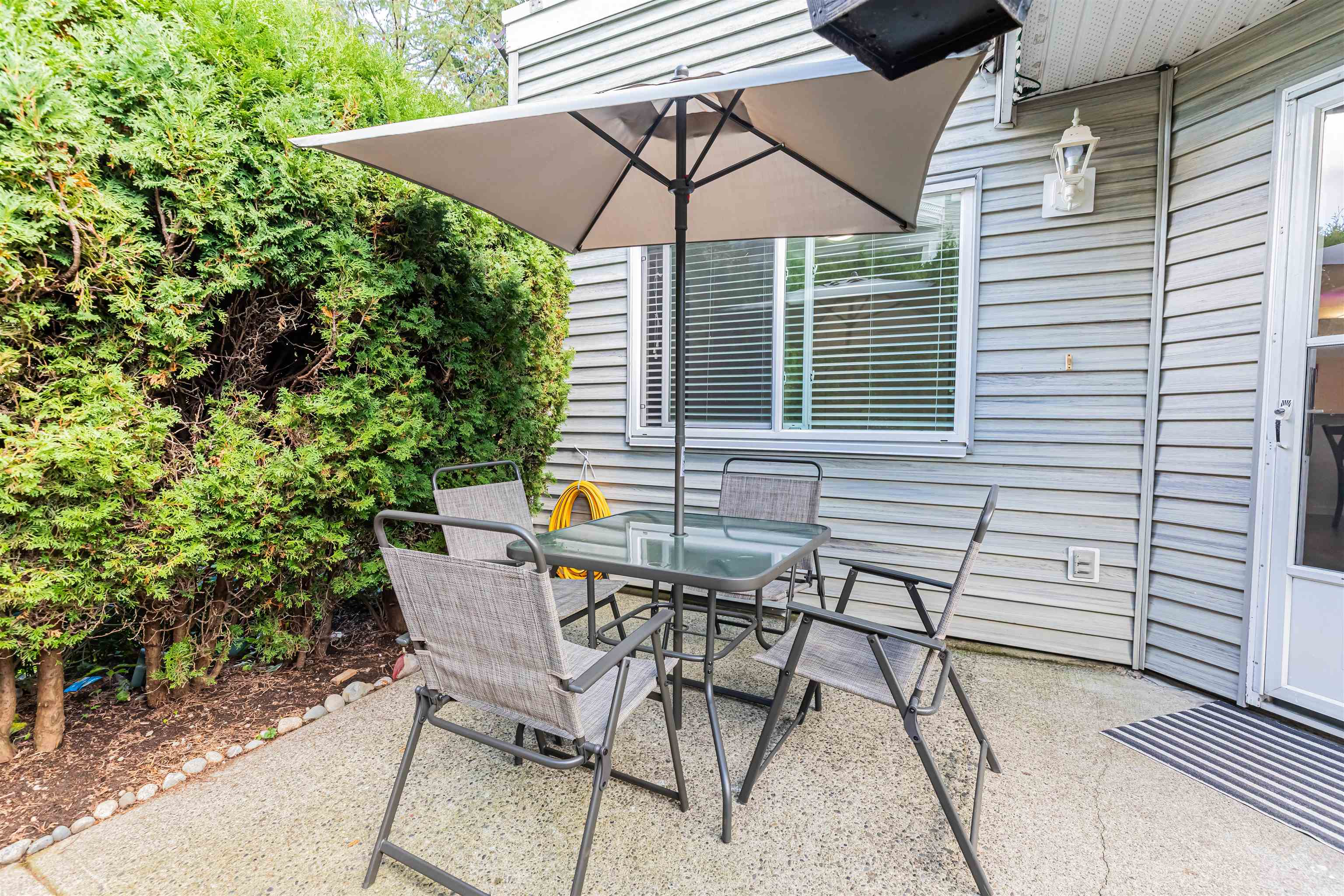 6 13670 84 AVENUE - Bear Creek Green Timbers Townhouse for sale, 2 Bedrooms (R2625536) - #23