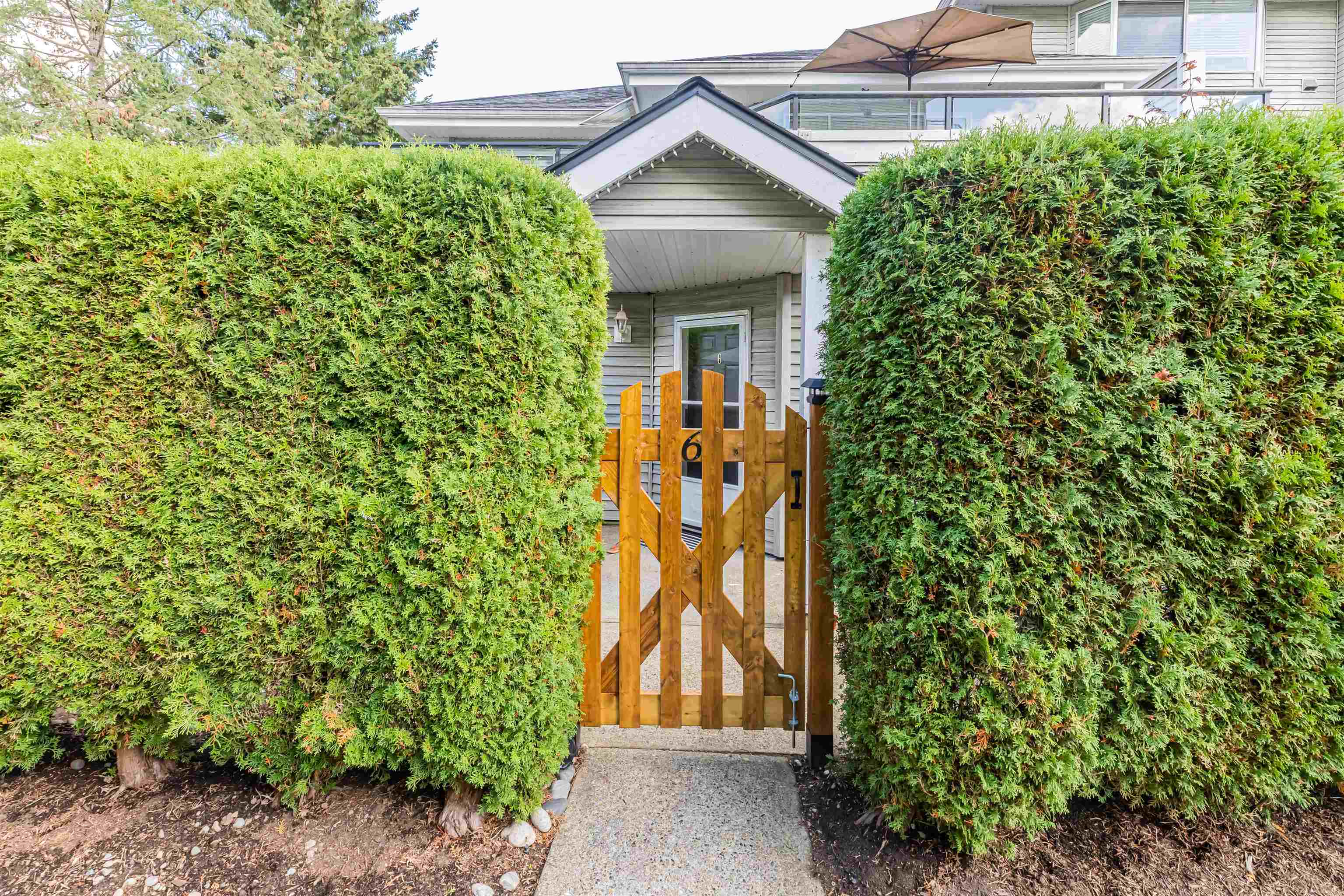 6 13670 84 AVENUE - Bear Creek Green Timbers Townhouse for sale, 2 Bedrooms (R2625536) - #25