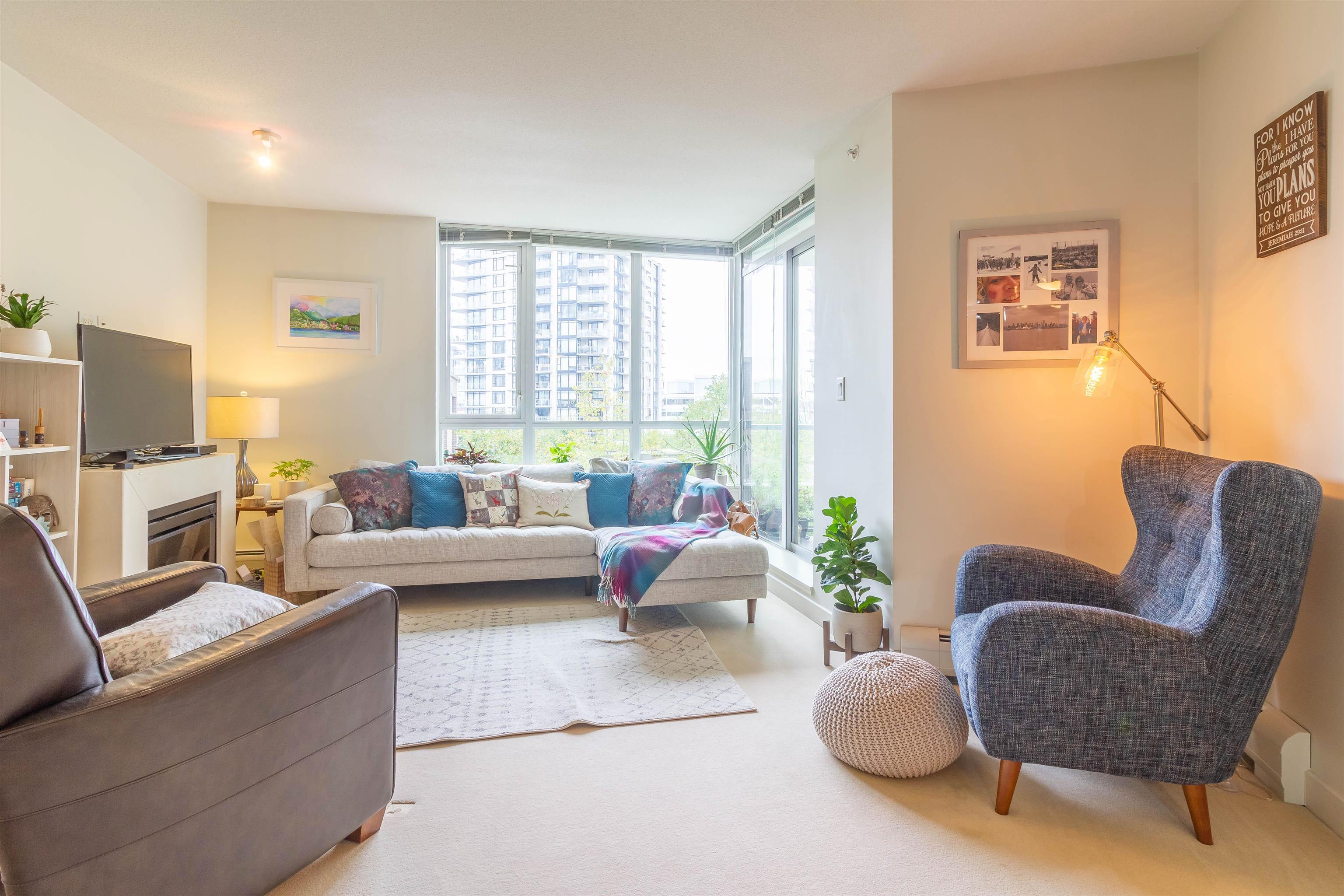 208 175 W 2ND STREET - Lower Lonsdale Apartment/Condo for sale, 1 Bedroom (R2625562) - #4