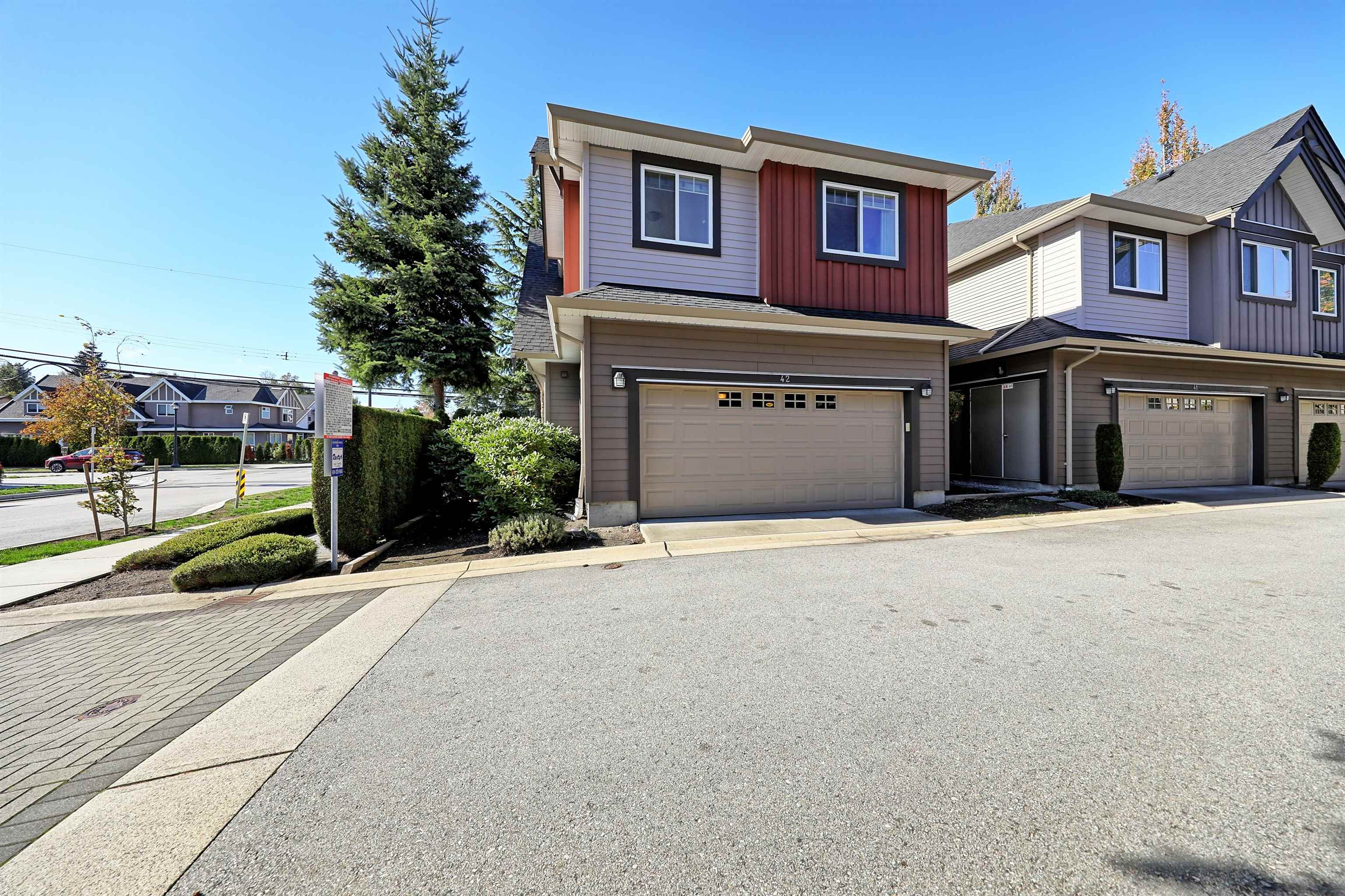 42 9699 SILLS AVENUE - McLennan North Townhouse for sale, 3 Bedrooms (R2625597)