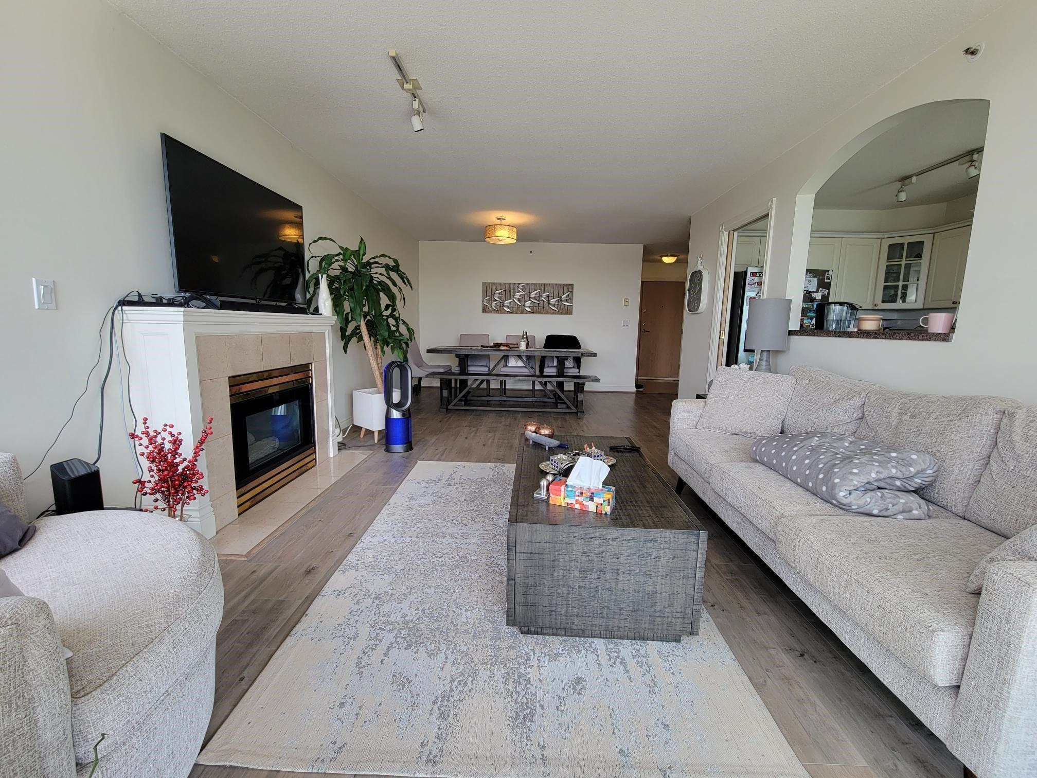 9C 328 TAYLOR WAY - Park Royal Apartment/Condo for sale, 2 Bedrooms (R2625618)