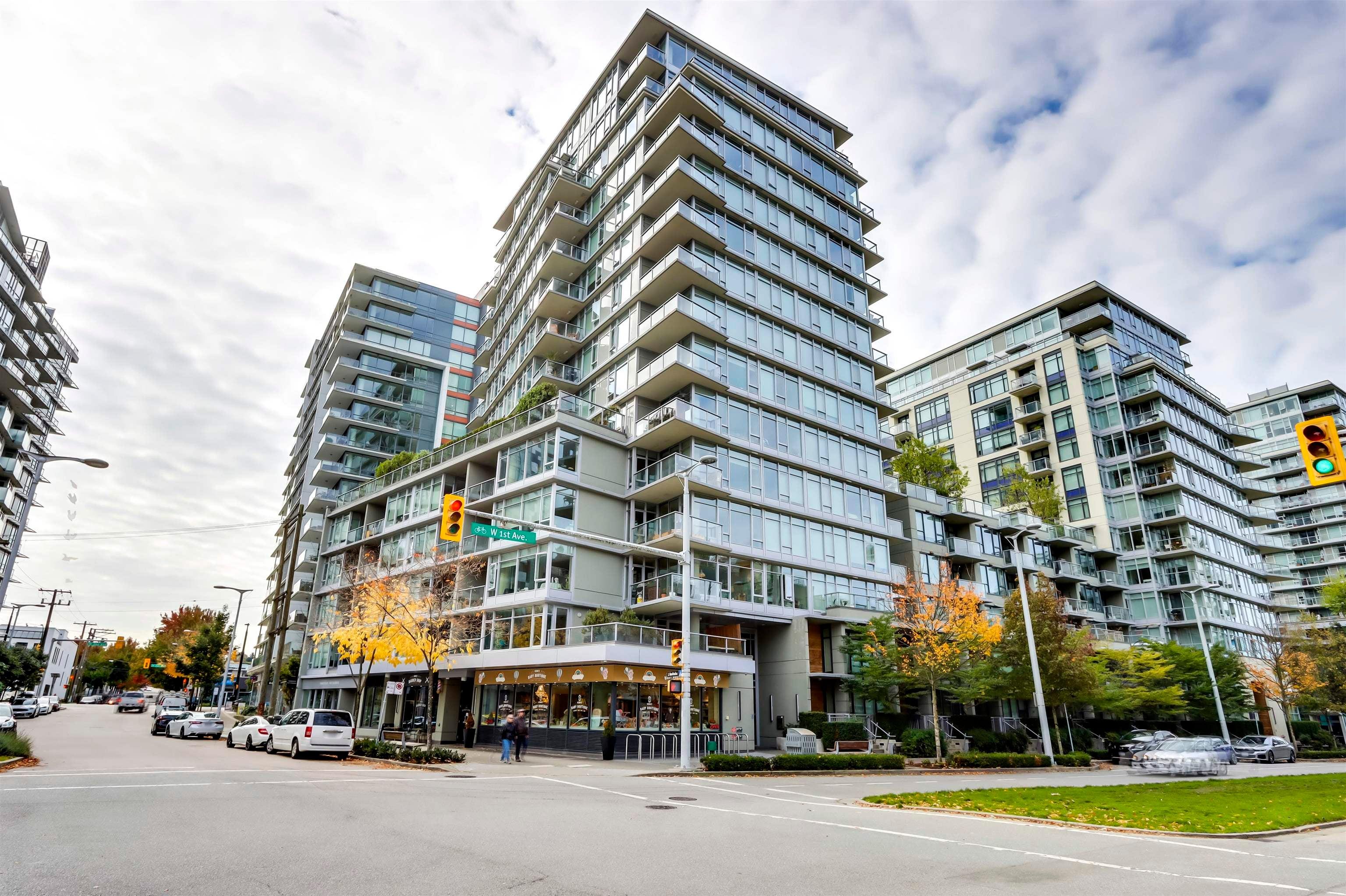 806 108 W 1ST AVENUE - False Creek Apartment/Condo for sale, 1 Bedroom (R2625628) - #1