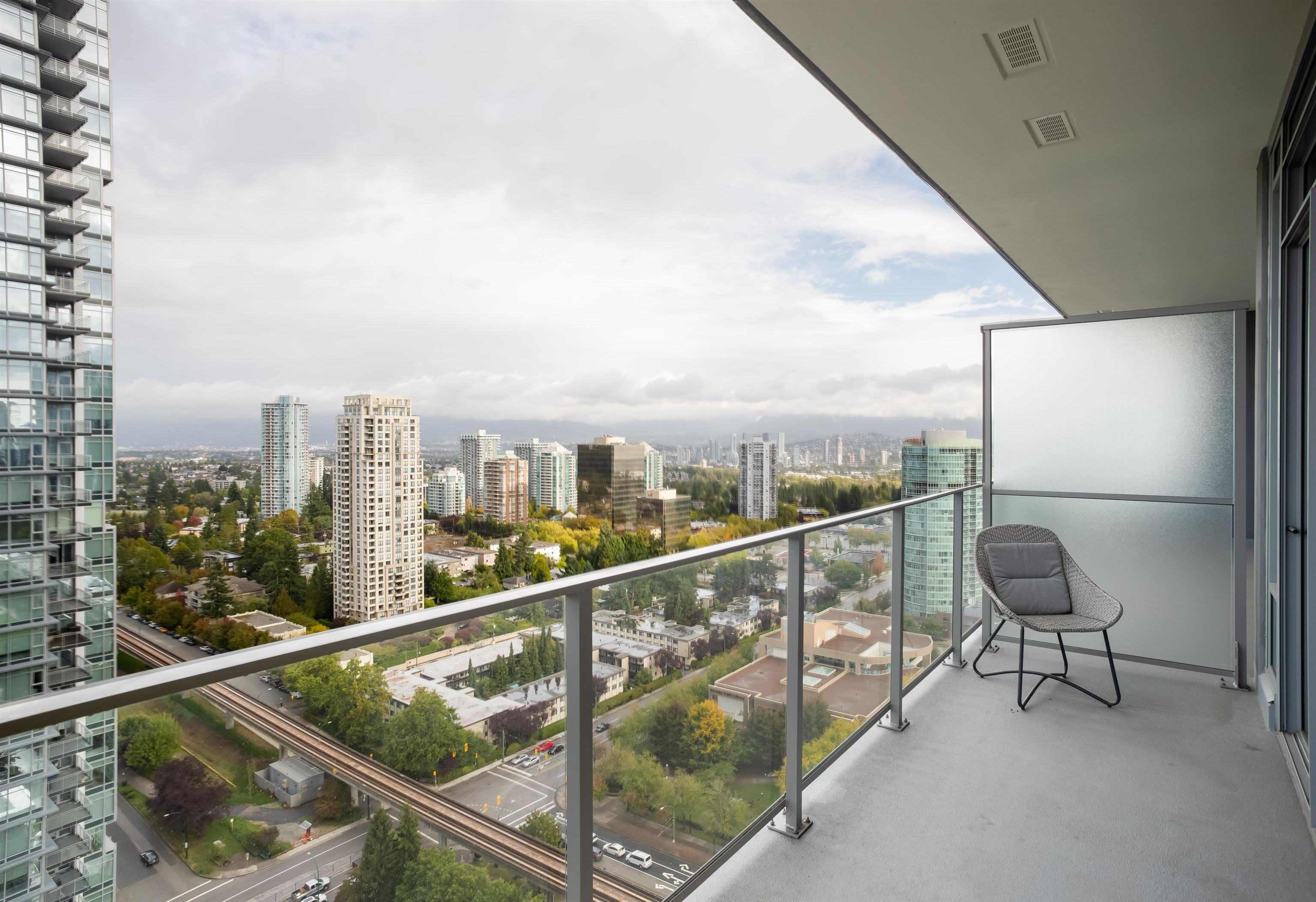 2206 6383 MCKAY AVENUE - Metrotown Apartment/Condo for sale, 2 Bedrooms (R2625647) - #25