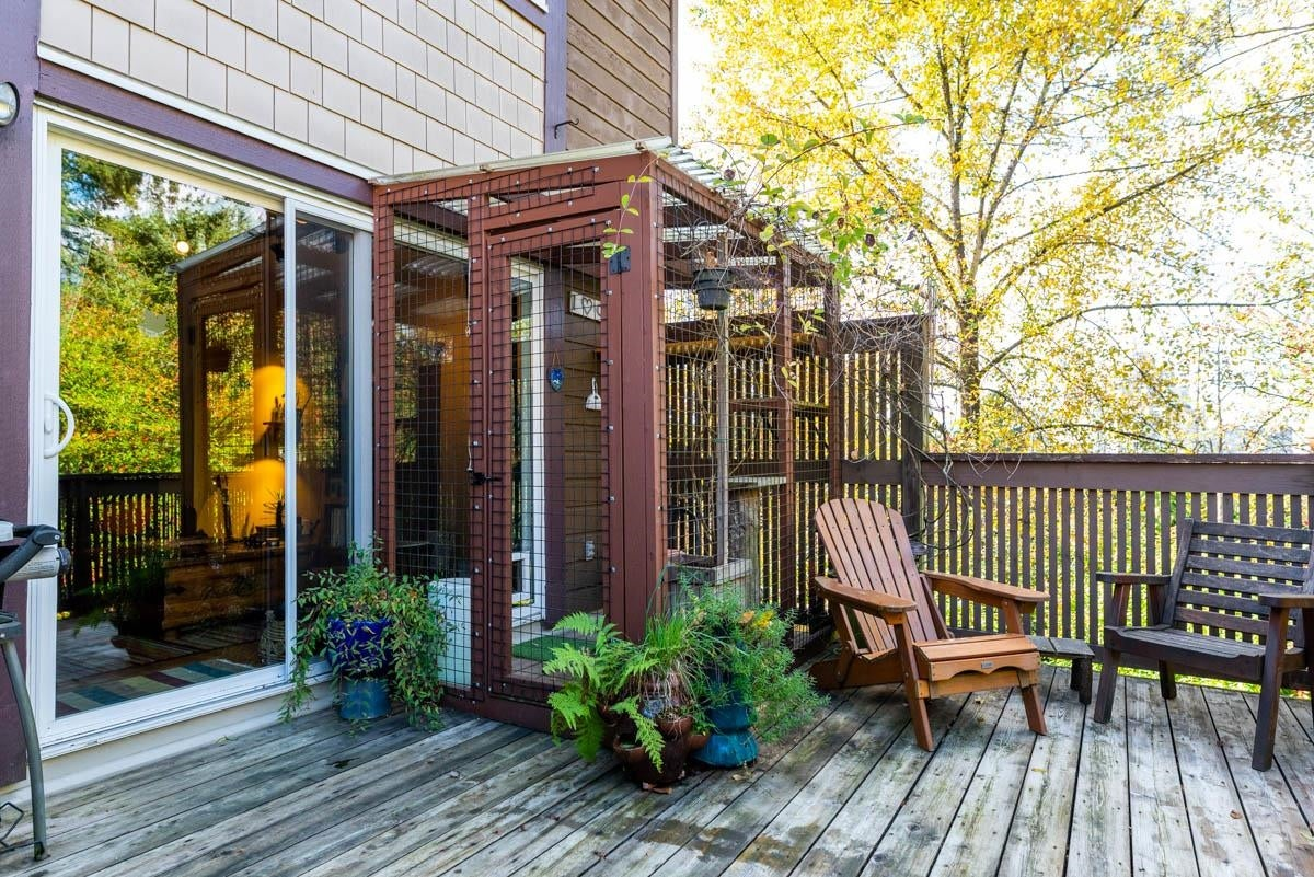 3 302 HIGHLAND WAY - North Shore Pt Moody Townhouse for sale, 2 Bedrooms (R2625661) - #3